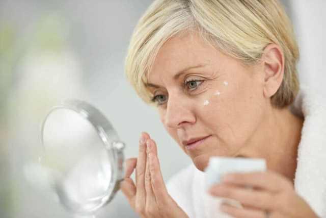 Как ухаживать за кожей лица при климаксе