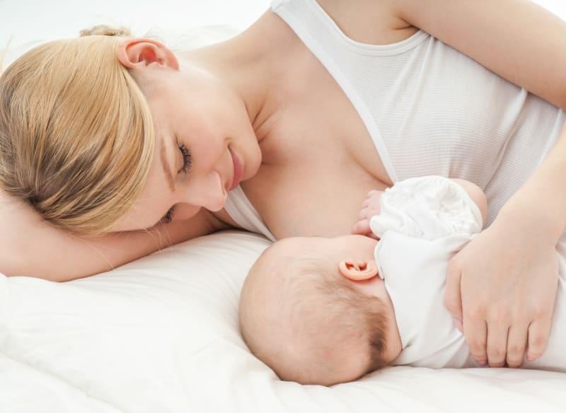 Причины задержки месячных при грудном вскармливании